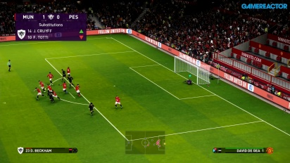 eFootball PES 2020 - Pelikuvaa ottelusta Manchester United vs PES Legends