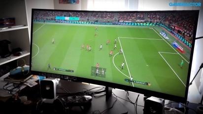 HP OMEN 35 Monitor X PES 2018 - 21:9 Ultrawide Football